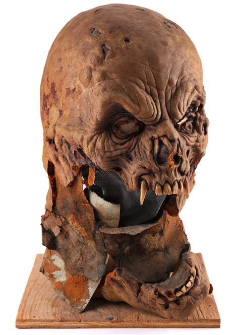 Fanged Monster Head | Prop Store - Ultimate Movie Collectables