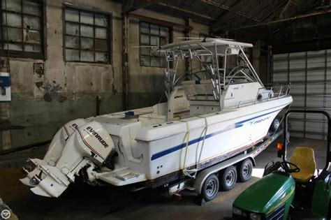 Used Proline Boats For Sale In Ohio by 1999 Used Pro Line 2950 Mc Walkaround Fishing Boat For