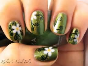 Kelsie s nail files day green nails