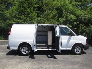 Sell Used 2005 Chevrolet Express 1500 Cargo Van 5 3l V8 All Wheel Drive Auto A  C Runs Nice In