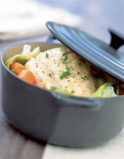 cuisine poule au pot poule au pot farcie au jambon cru pour 6 personnes