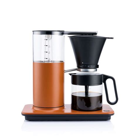 The filter assembly here is essentially a pour over filter. Classic Coffee Maker - Wilfa @ RoyalDesign.co.uk | Coffee maker, Classic coffee maker, Coffee