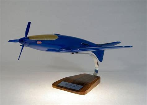 Lorsqu'en 1937, dix ans après la traversée de l'océan atlantique de new york à paris par charles lindbergh, le ministère français de l'aéronautique lui. bugatti 100p | Accueil Maquette Avion Sport Maquette avion ...