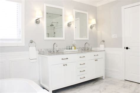 benjamin chantlly lace transitional bathroom valspar polar am dolce vita