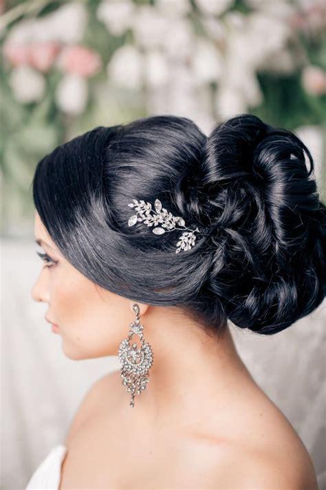 stunning wedding hairstyles   bride modwedding