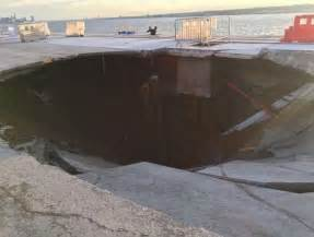 Hole In Sink felixstowe dockers this is the sinkhole which has