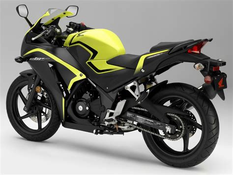 cbr sports bike price 2016 honda cbr300r review of specs hp mpg price msrp