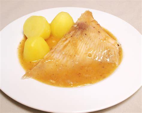 cuisiner la raie au beurre noir cuisiner la raie au beurre noir 28 images cuisiner des