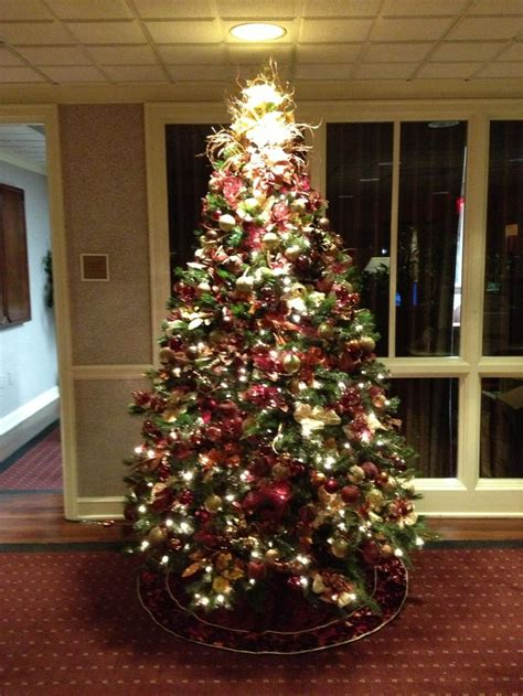 maroon christmas decorations second tree 2013 colors burgundy gold copper bronze time trees