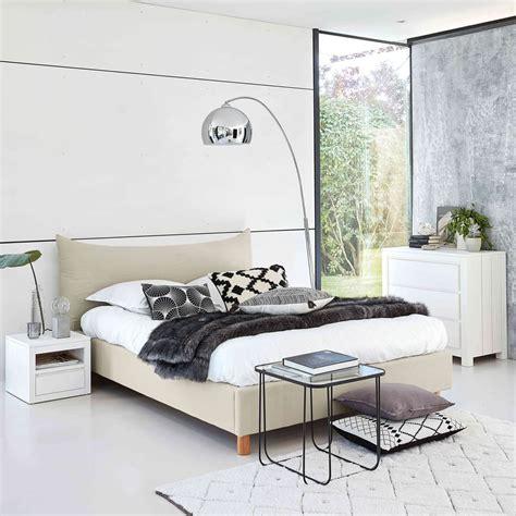 lit avec sommier 160x200 lit 160x200 avec sommier 224 lattes beige fergus maisons du monde