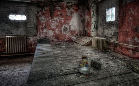 room abandoned hdr bowls spoons wood walls