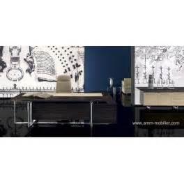 fabricant italien de canapé bureau de direction bernini finition ebene et cuir beige