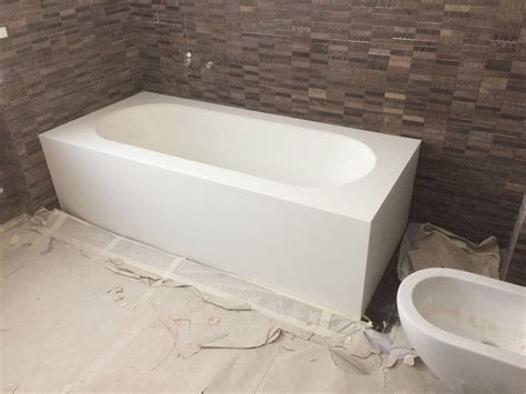 vasca in corian vasca da bagno su misura in corian 174 deth it opera nel