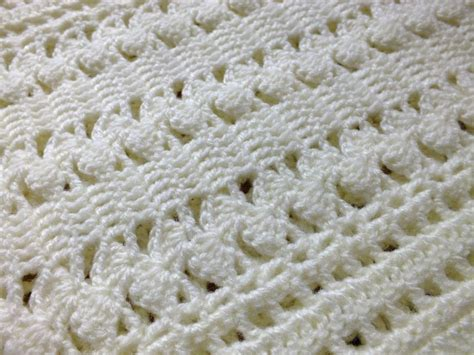 crochet baby blanket you have to see soft cream zigzag crochet baby blanket by hanjan crochet