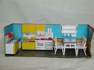 Möbel 60er 70er : 2 3 modella k che puppen stube haus m bel zubeh r 60er 70er jahre retro toys pinterest 70 ~ Markanthonyermac.com Haus und Dekorationen