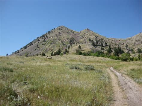 CSMS GEOLOGY POST: BEAR BUTTE; A LACCOLITH ON THE PRAIRIE