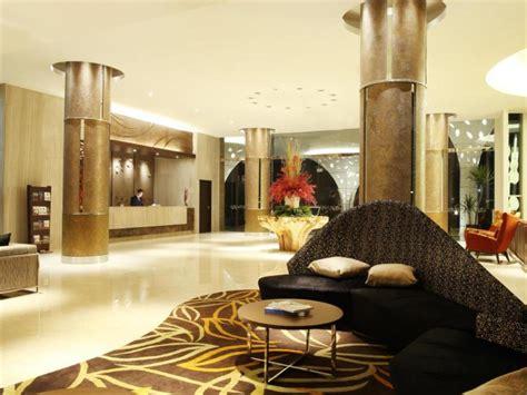 hotel santika premiere kota harapan indah  bekasi room