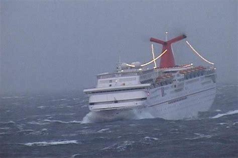 boats waves crazy pics xarj blog  podcast