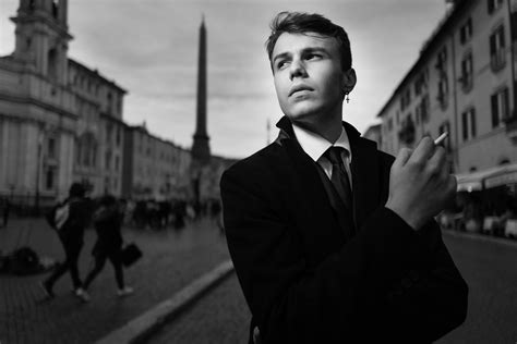 leica   street photography review exibart street