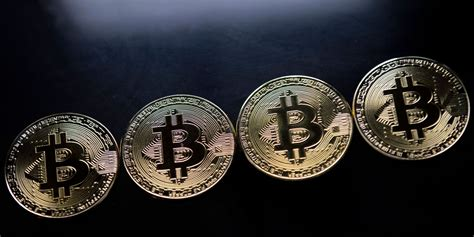 Bitcoin started a fresh increase above the $58,000 and $58,250 resistance levels. Le bitcoin dépasse le seuil de 10.000 dollars, le risque ...