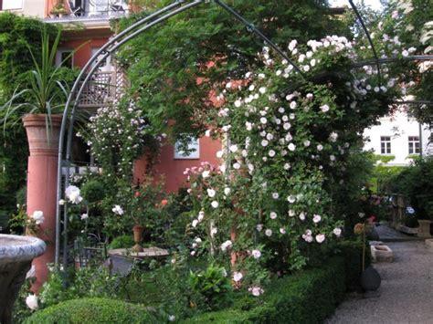 Mein Garten Gartenornamentik