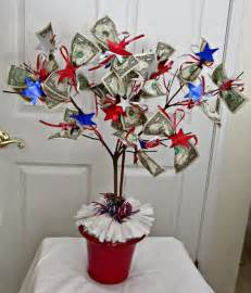 Gift Card Tree For Baby Shower by Upstairs Downstairs Need A Graduation Gift Make A Money Tree