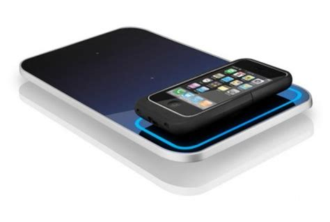 wireless charger for iphone apple to introduce wireless charging feature in iphone 5