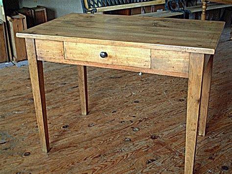 bureau travail a vendre antiquités à vendre table bureau style renaissance xixème