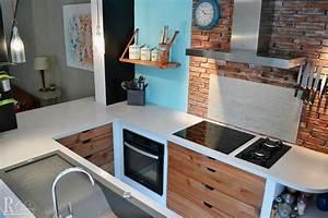Petite cuisine 15 cuisines de petite surface pour faire for Petite cuisine équipée avec meuble buffet salle à manger