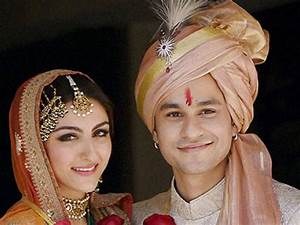 Soha shares the 'pros & cons of falling in love with an ...