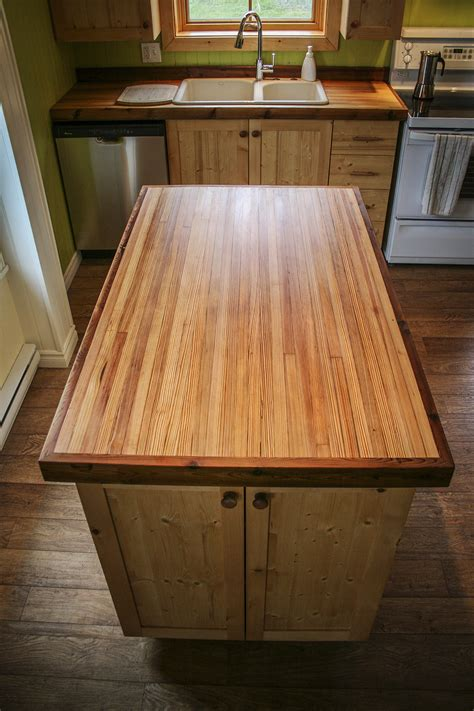 fabriquer un comptoir de cuisine en bois îlot central sur mesure espace bois