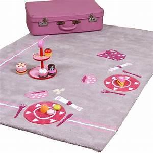 tapis chambre fille madame ki With tapis chambre bébé avec utilisation tapis champ de fleurs