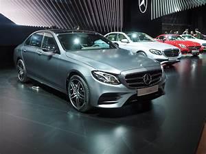 Mercedes E Class : new mercedes benz e class launches in detroit as bmw 39 s 5 series newest competitor ~ Medecine-chirurgie-esthetiques.com Avis de Voitures