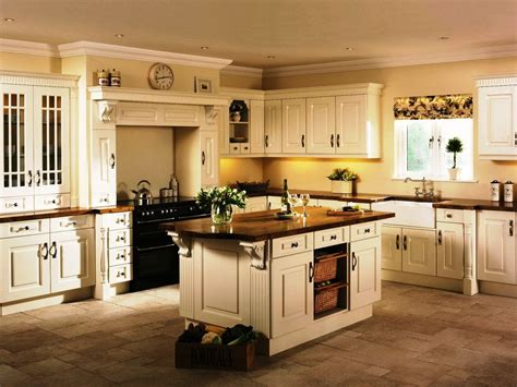 ideas   affordable  chic country kitchen cabinets