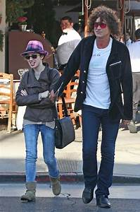 Howard Stern Photos Photos - Howard Stern Grabs Lunch with ...