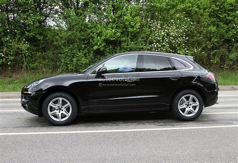 Spyshots Porsche Macan First Photos Autoevolution