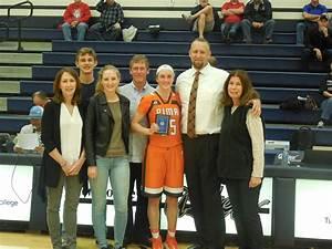 Smith drops 27 as Pima women's basketball wins 102-63