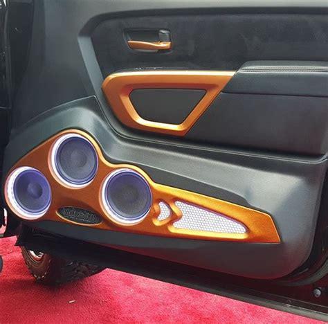 custom nissan titan door panel  mtxaudio speakers