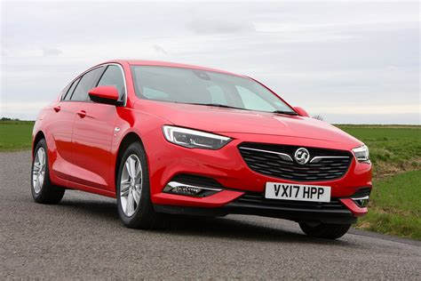 vauxhall insignia vauxhall insignia grand sport 2017 photos parkers