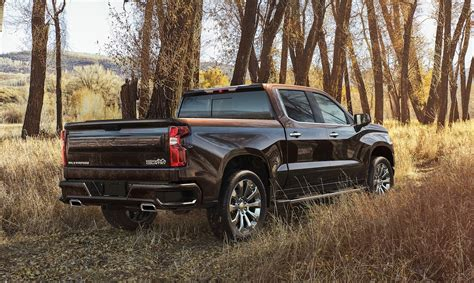 2019 Chevrolet Silverado Diesel by 2019 Chevrolet Silverado 1500 Gets An I6 Diesel Sheds 450 Lbs
