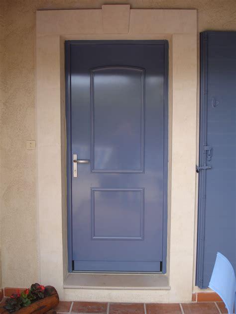 porte d entr 233 e pvc avec capotage aluminium finstral classic alu vigouroux