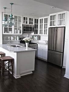 cozinha pequena dicas para aumentar o ambiente sem With dark floors make room look smaller