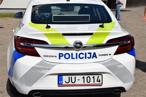 Valsts policijas auto jaunais trafarējums autors Valmieras ...