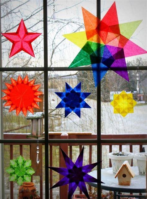 Weihnachtsdeko Fenster Bunt by Bunte Sterne Aus Transparentpapier Basteln Ideen