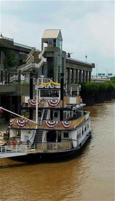 Dinner On A Boat In Louisville Ky by Of Louisville Spirit Of Jefferson Picture Of