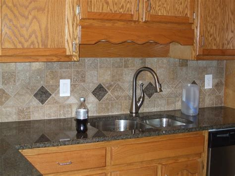 Kitchen Tile Backsplash Countertop Installation   Tile