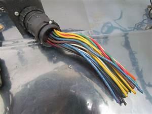 Caterpillar Wiring Harness For A Caterpillar 2ec25 Forklift