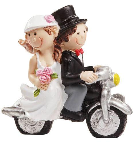 hochzeitspaar auf motorrad schwarzweiss    cm