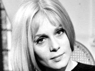 ecole francoise dorleac b paris 18 fran 231 oise dorl 233 ac biography birth date birth place and