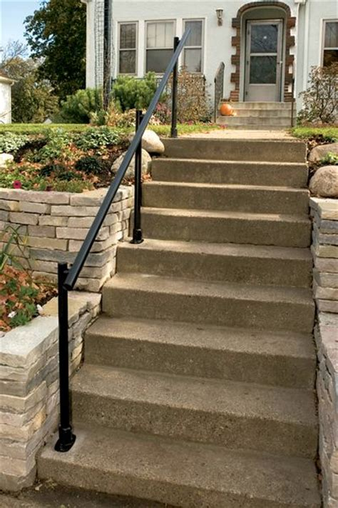 Aluminum Boat Handrails by 25 Best Ideas About Outdoor Stair Railing On